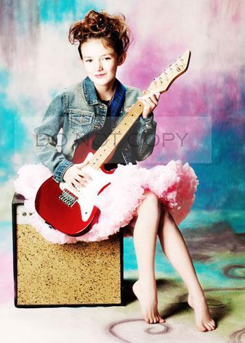 rock star - St. Louis modern children's photorapher